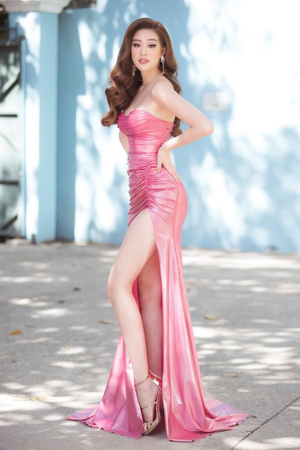 Hoa hậu Khánh Vân tung ảnh diện bikini đọ sức nóng với ánh mặt trời ngay trước thềm Miss Universe - Ảnh 10