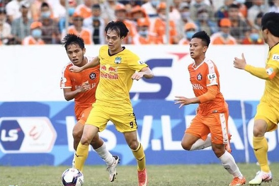 Hàng công thăng hoa, HAGL đánh bại Đà Nẵng để trở lại ngôi đầu V-League - Ảnh 1