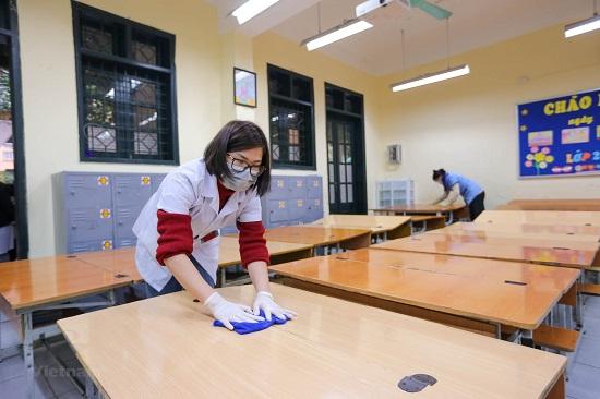 Hà Nam và Ninh Bình cho học sinh tạm dừng đến trường từ ngày 10/5 - Ảnh 1
