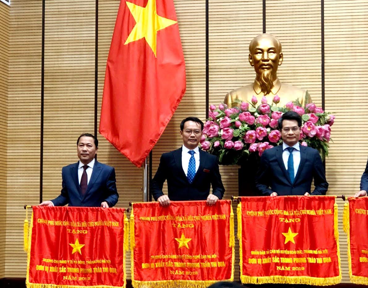 Nhà giáo ưu tú, TS Phạm Xuân Khánh: Thầy hiệu trưởng tâm huyết và nghị lực - Ảnh 1