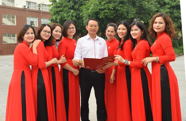 Nhà giáo ưu tú, TS Phạm Xuân Khánh: Thầy hiệu trưởng tâm huyết và nghị lực - Ảnh 2