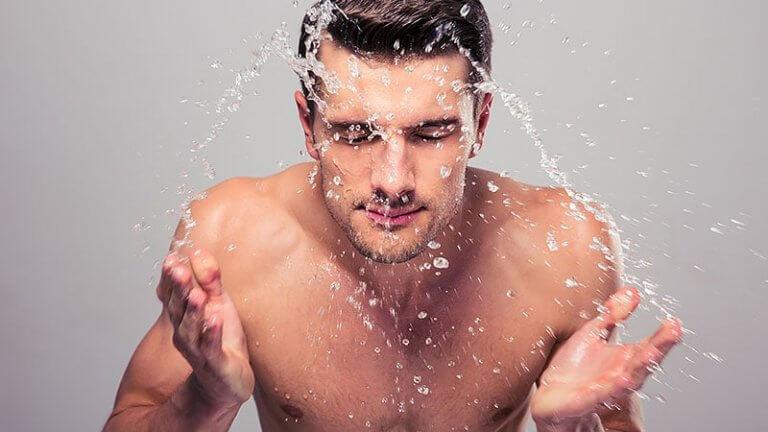 Nam giới cần lưu ý gì khi sử dụng sữa rửa mặt - Ảnh 3