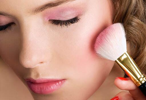 Bí quyết makeup phong cách tự nhiên đơn giản tại nhà - Ảnh 3