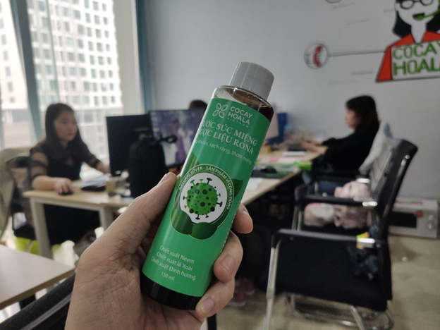 Review sản phẩm nước súc miệng dược liệu với giá chưa tới 100k được dân tình 'bóc phốt' rôm rả mấy tuần nay - Ảnh 3