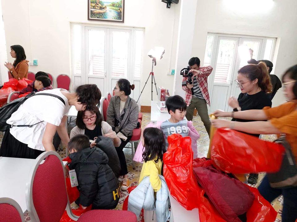 Công ty Nhật Đức đồng hành cùng chương trình 'Áo ấm cho em' - Ảnh 5