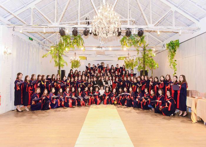 Eva Xinh – Học viện đào tạo thẩm mỹ làm đẹp hàng đầu hiện nay - Ảnh 1