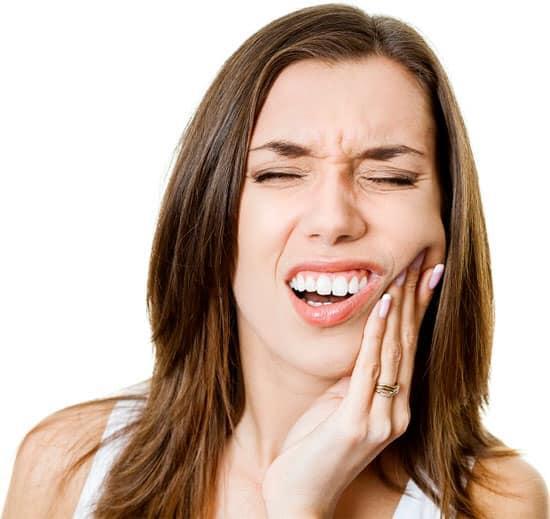 Top 5 bệnh lý răng miệng nguy hiểm mà người Việt Nam nào cũng mắc phải một lần trong đời - Ảnh 1
