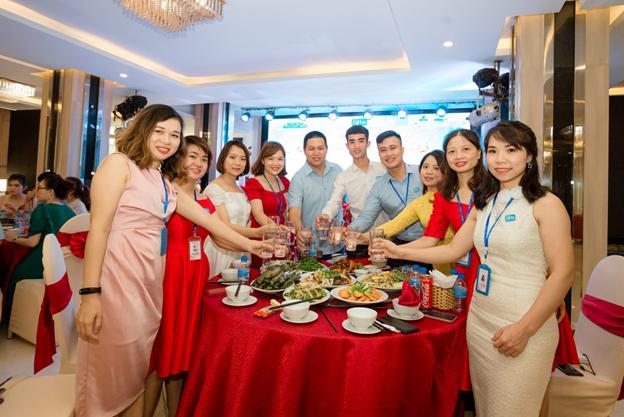 Gala Vì Bạn Xứng Đáng tại thành phố Vinh, Nghệ An - Ảnh 8