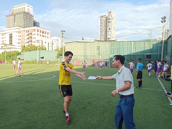 Giao hữu bóng đá giữa FC Đời sống & Pháp luật và Đại đội 1 - Tiểu đoàn Cảnh sát đặc nhiệm Hà Nội - Ảnh 6