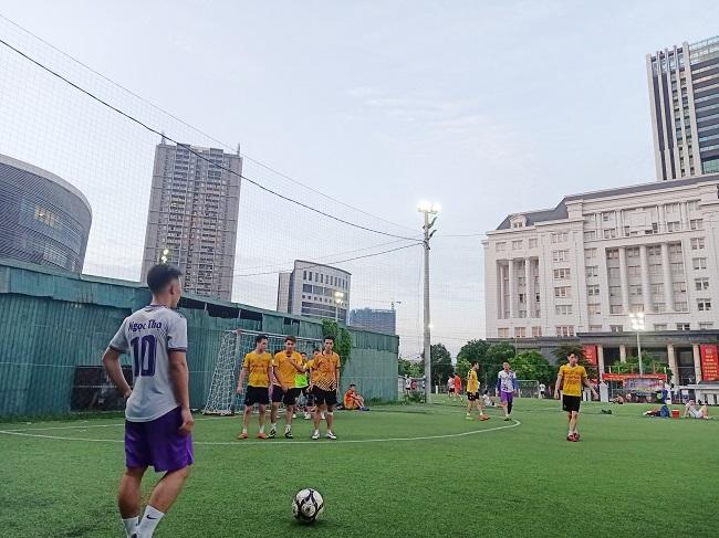 Giao hữu bóng đá giữa FC Đời sống & Pháp luật và Đại đội 1 - Tiểu đoàn Cảnh sát đặc nhiệm Hà Nội - Ảnh 17