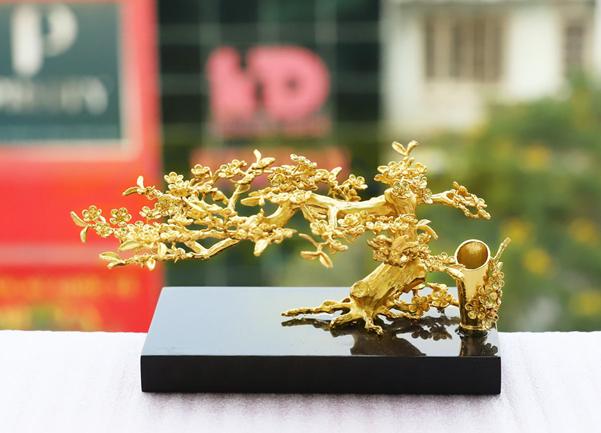 Royal Gift ra mắt BST quà tặng 'đắt xắt ra miếng' dịp ngày của Cha 2020 - Ảnh 6