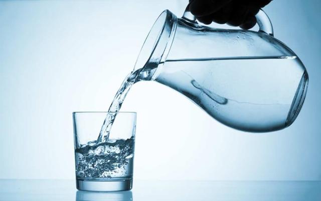 Uống nước như thế nào để khỏe da, đẹp dáng? - Ảnh 1