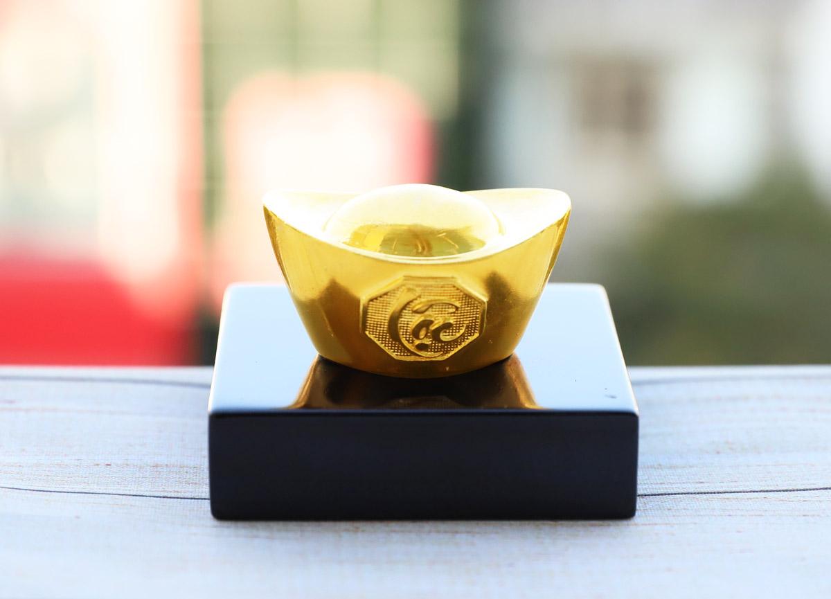Những món quà tặng mạ vàng độc đáo, may mắn trong ngày vía thần tài - Ảnh 3
