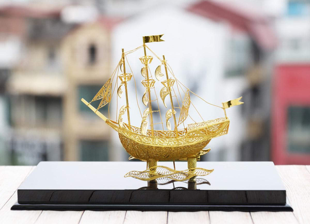 Những món quà tặng mạ vàng độc đáo, may mắn trong ngày vía thần tài - Ảnh 4
