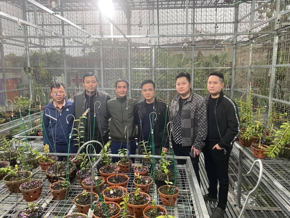 Nguyễn Tiệp: Ông chủ vườn Lan Var giữa lòng thủ đô Hà Nội - Ảnh 6