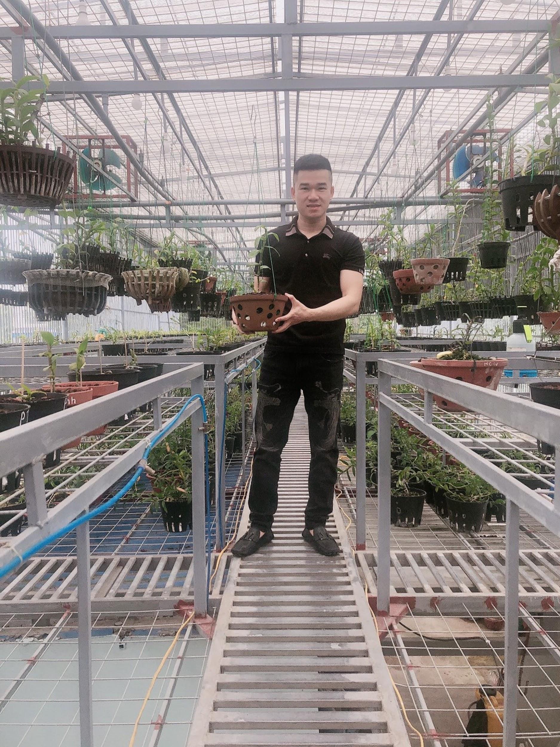 Doanh nhân trẻ Trần Quang Đồng với ước mơ và hoài bão trong việc chăm sóc và kinh doanh các giống hoa lan - Ảnh 2