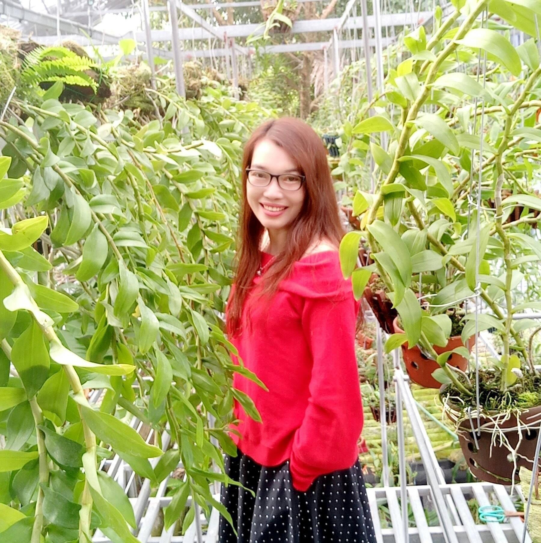 Khu vườn lan bạc tỷ của cô giáo xinh đẹp Phùng Thị Thoa - Ảnh 2