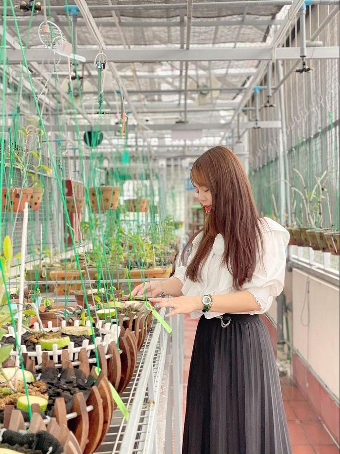 Nghệ nhân Lê Hải Yến cùng niềm đam mê trồng lan - Ảnh 2