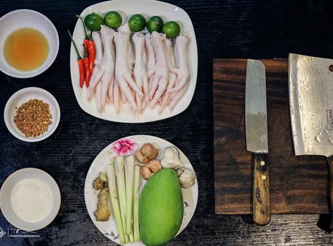 Chân gà sốt Thái chua ngọt cay cay, ngon bất bại, cả nhà ăn mãi không chán - Ảnh 1