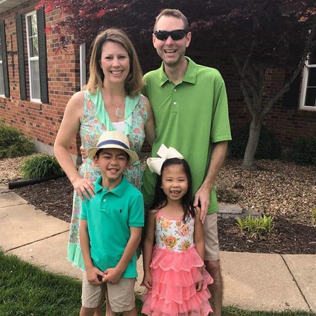 Cặp vợ chồng sửng sốt khi cầm kết quả ADN, hé lộ sự thật về con nuôi và đứa trẻ nhà hàng xóm - Ảnh 2