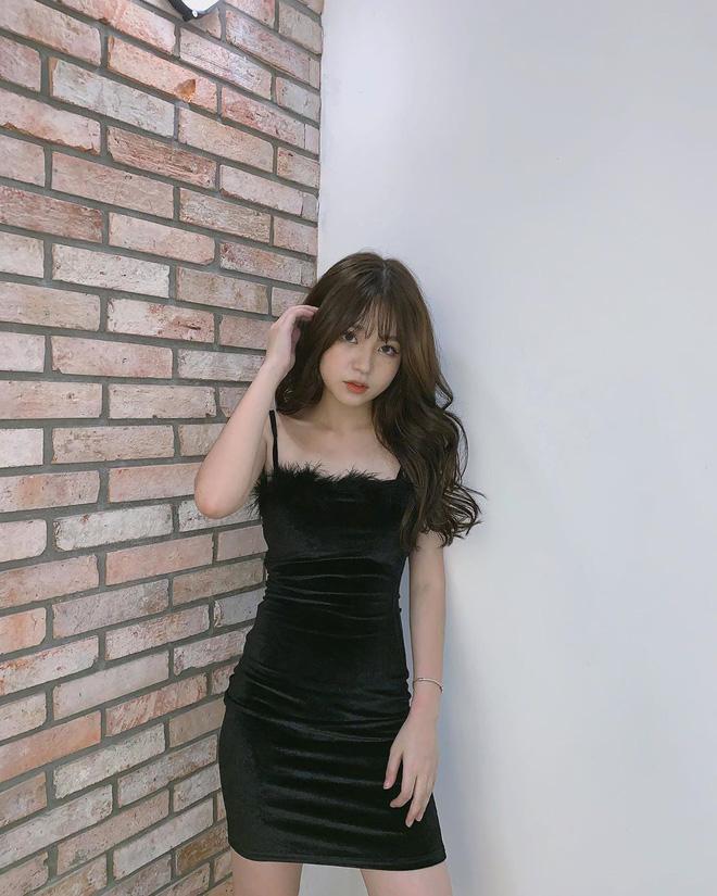 Hotgirl Việt sở hữu mái tóc bồng bềnh, body nuột nà quyến rũ được lên báo Trung là ai? - Ảnh 4