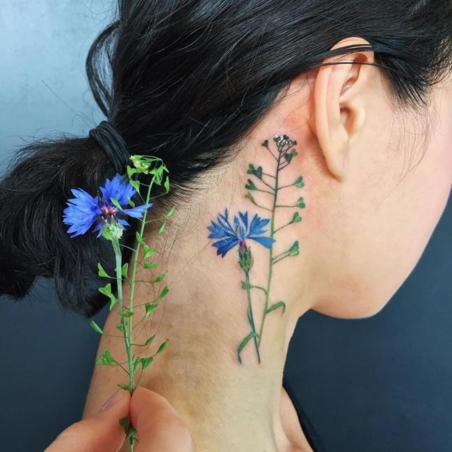 """Biến hoa, lá thành hình xăm độc đáo, nữ nghệ sĩ khiến dân mạng """"ngả mũ bái phục"""" - Ảnh 4"""