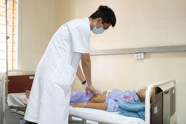 Tin tức đời sống mới nhất ngày 12/11: Ăn nhiều đồ cay, bé 11 tuổi bị thủng dạ dày - Ảnh 1