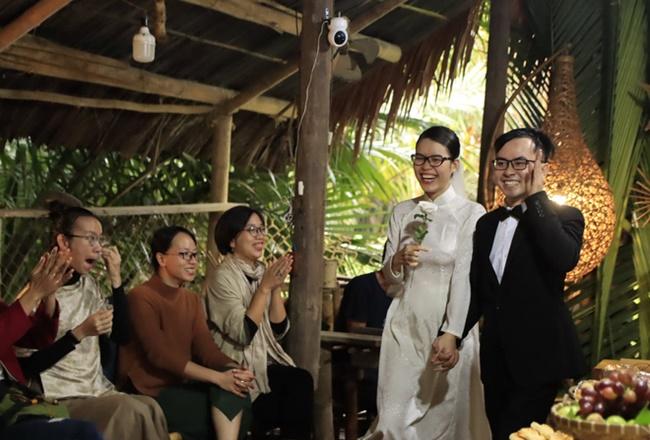 """Cặp đôi """"gây sốt"""" với đám cưới không bia rượu, tiền mừng và nhẫn cưới có """"1-0-2"""" - Ảnh 6"""