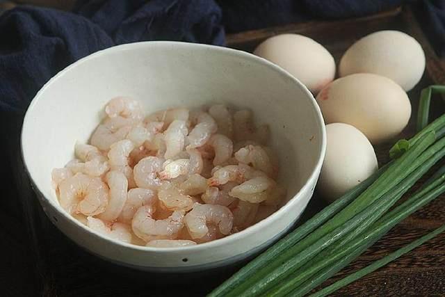 Tôm nấu chung với thứ này, vừa ngon cơm lại bổ dưỡng  - Ảnh 1