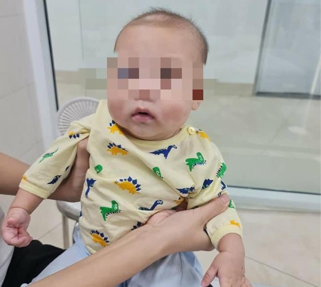 Tin tức đời sống mới nhất ngày 28/11: Bé trai 6 tháng tuổi mắc bệnh siêu hiếm - Ảnh 1