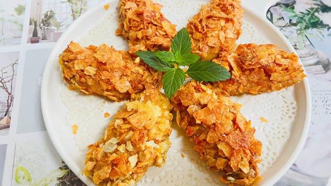 Đổ bim bim vào cánh gà, cả nhà được món ngon giòn rụm  - Ảnh 3
