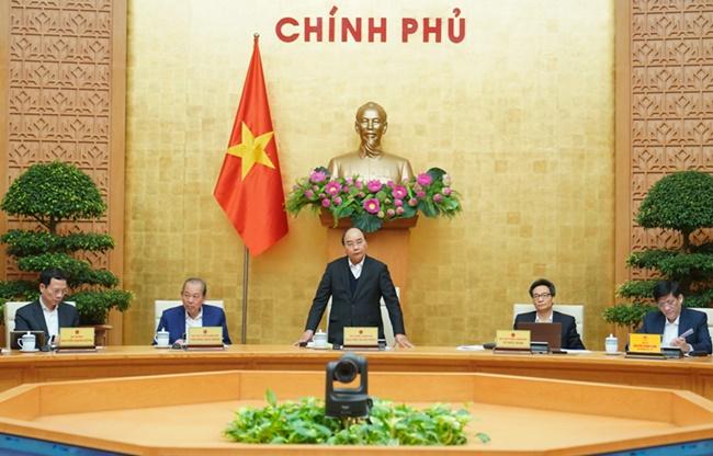 Thủ tướng Nguyễn Xuân Phúc: Tạm dừng các chuyến bay thương mại - Ảnh 2