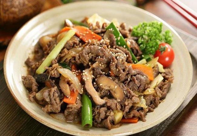 Xào thịt bò bị dai khô, hóa ra do dùng dầu ăn sai cách - Ảnh 2