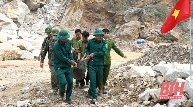 Thanh Hóa: Phát hiện quả bom nặng 250kg khi tôn tạo đình làng - Ảnh 2
