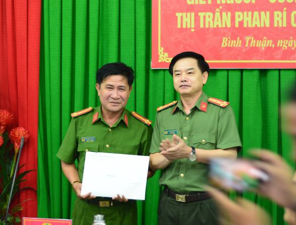Vụ giết người ở Bình Thuận: Nữ nghi phạm bị bắt tại TP.HCM, có ý định giết thêm người - Ảnh 2