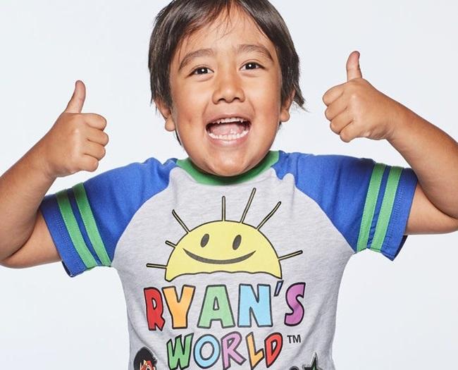 Khi bạn bè còn đang lo ăn học, bé trai 9 tuổi này đã thành Youtuber thu nhập cao nhất thế giới - Ảnh 7