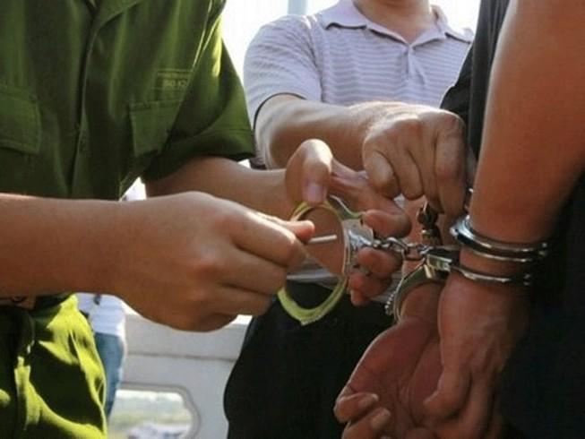 Muốn cứu vợ bị bắt vì đánh bạc, chồng sập bẫy lừa đảo 130 triệu đồng - Ảnh 1