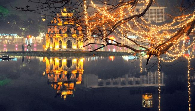 Khám phá những địa điểm chơi Noel lý tưởng ở Hà Nội, TP.HCM - Ảnh 2
