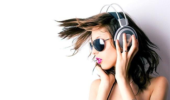 Giật mình trước 5 tác hại khủng khiếp khi đeo tai nghe khi ngủ - Ảnh 2