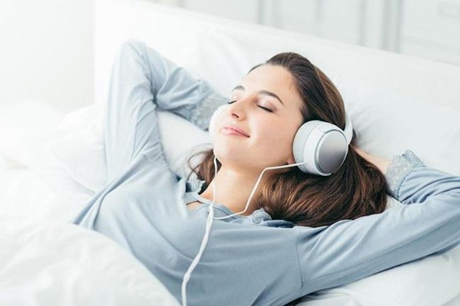 Giật mình trước 5 tác hại khủng khiếp khi đeo tai nghe khi ngủ - Ảnh 5