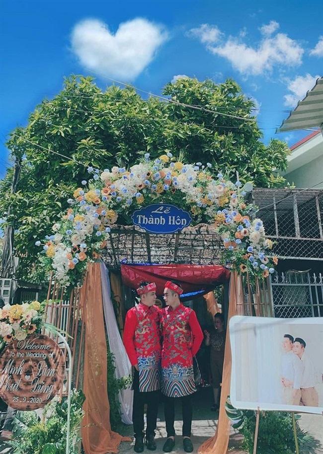 """Cặp đôi đồng tính tổ chức đám cưới, nhan sắc khiến dân mạng """"đứng ngồi không yên"""" - Ảnh 3"""