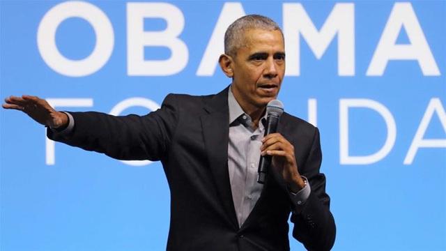 Ông Barack Obama chỉ trích cách ứng phó đại dịch Covid-19 của Tổng thống Trump - Ảnh 1