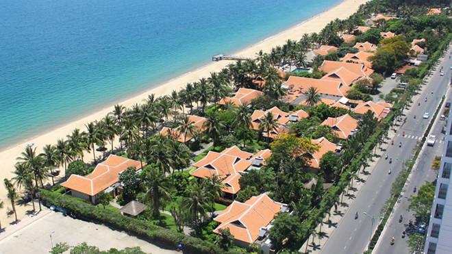 Dự án che chắn tầm nhìn bãi biển: Bộ VH-TT-DL ủng hộ các địa phương rút giấy phép - Ảnh 1