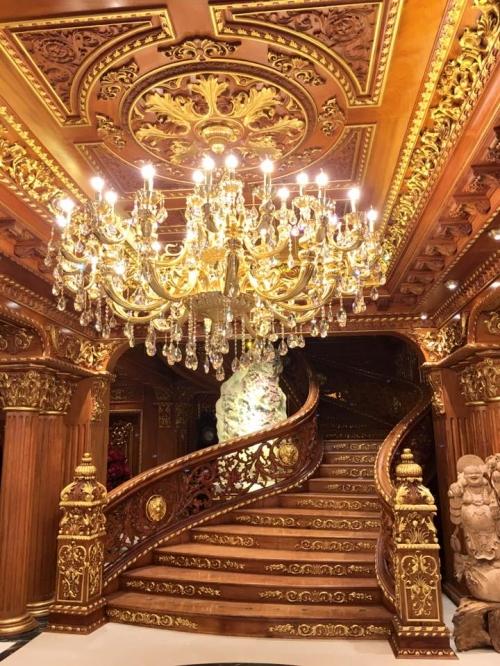 Lâu đài gà vàng 15 triệu USD của đại gia buôn sắt bên sông Tô Lịch - Ảnh 7