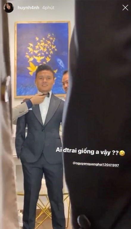 """Huỳnh Anh khoe ảnh thử vest cùng Quang Hải, """"nịnh"""" người yêu """"ngọt như mía lùi"""" - Ảnh 1"""