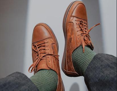 Cận cảnh những đôi giày phiên bản giới hạn, làm từ... da gà thải loại - Ảnh 3