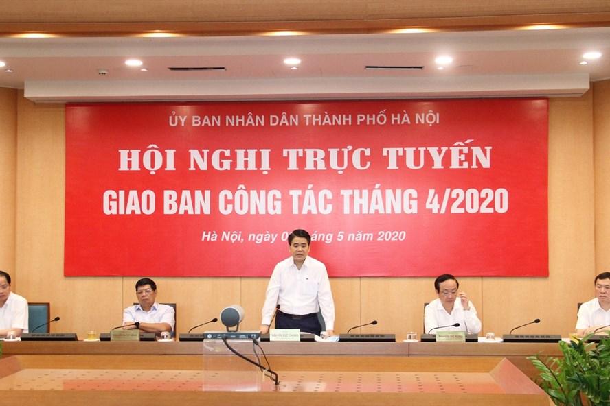 """Chủ tịch Hà Nội đề nghị chấn chỉnh tình trạng """"om"""" hồ sơ doanh nghiệp - Ảnh 1"""