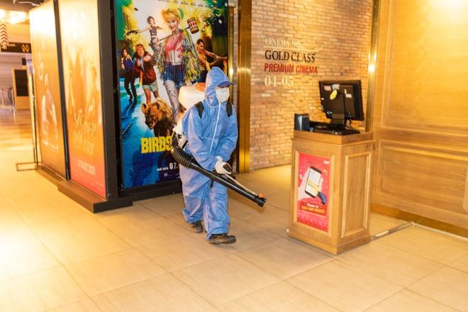 Từ 9/5, các rạp phim mở cửa lại, kèm hàng loạt quy định mới - Ảnh 1