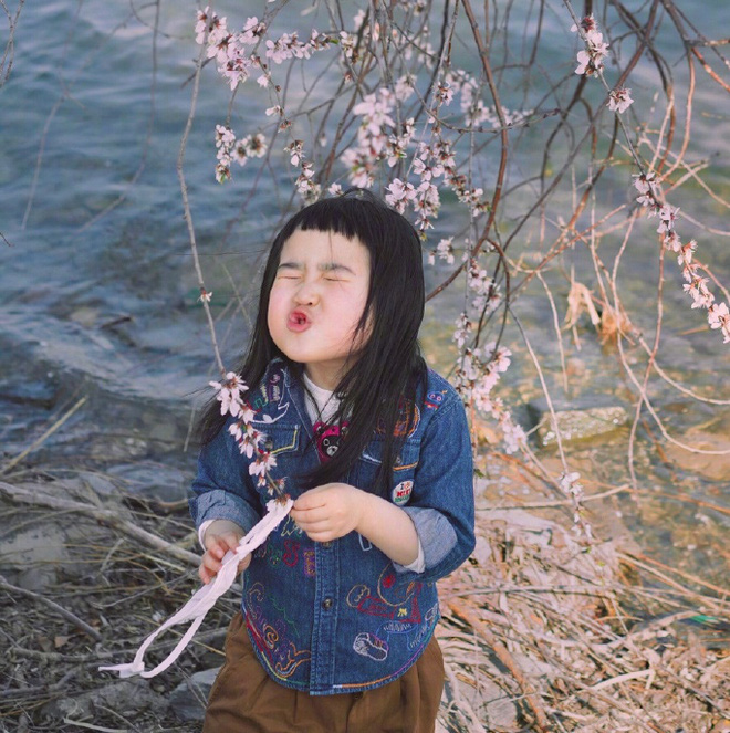 """Gần 4 năm lên chức idol nhí, cô bé """"ăn cả thế giới"""" năm nào giờ đã lớn bổng, đáng yêu - Ảnh 8"""