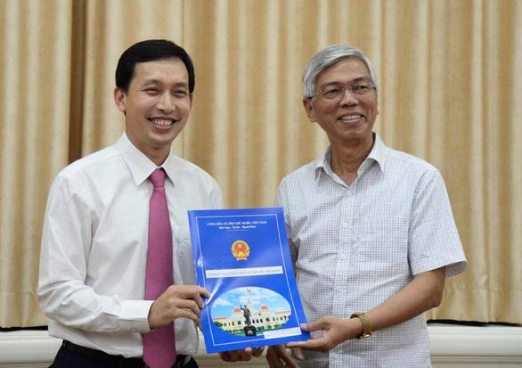 Chân dung tân Chủ tịch UBND quận trẻ nhất tại TP.HCM - Ảnh 1